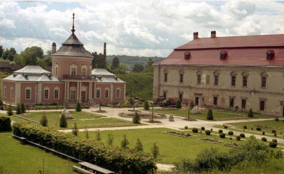 Золочевский замок3
