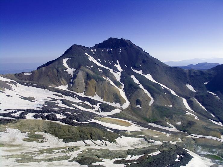 Вулкан Арагац