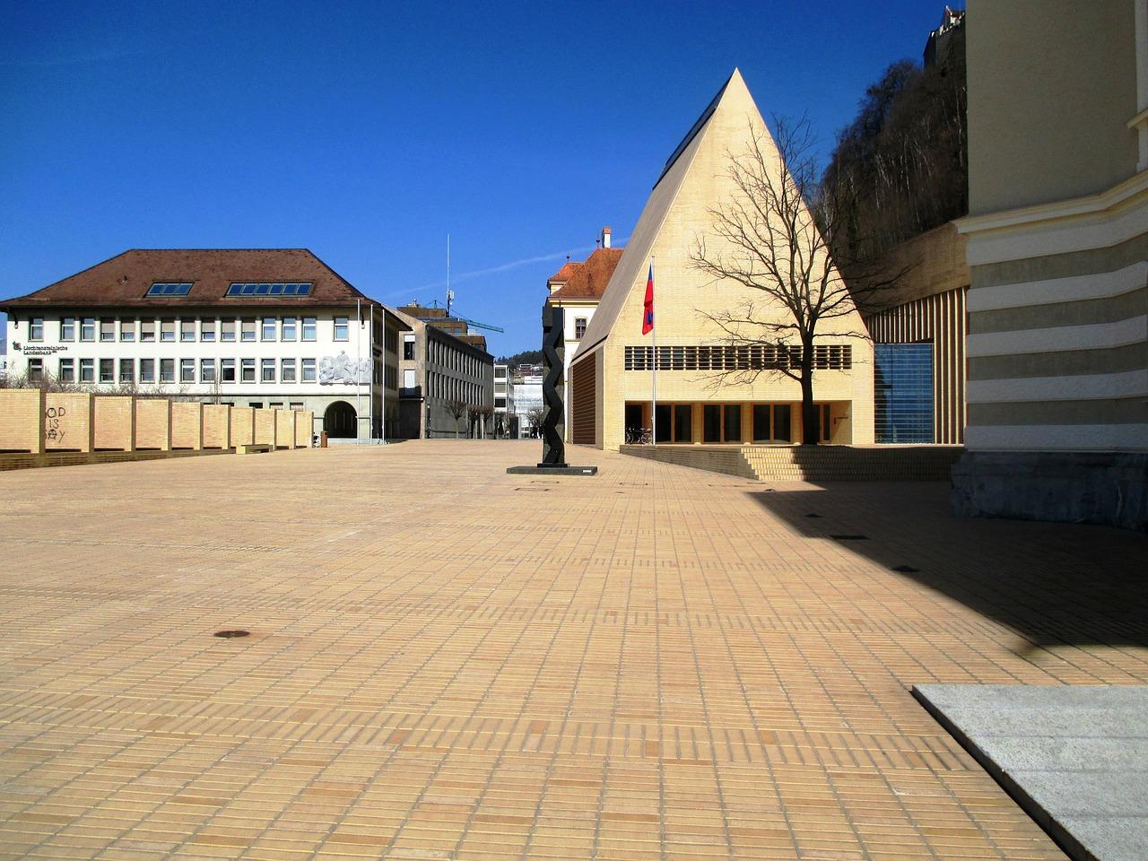 Город Вадуц. столица Лихтенштейна