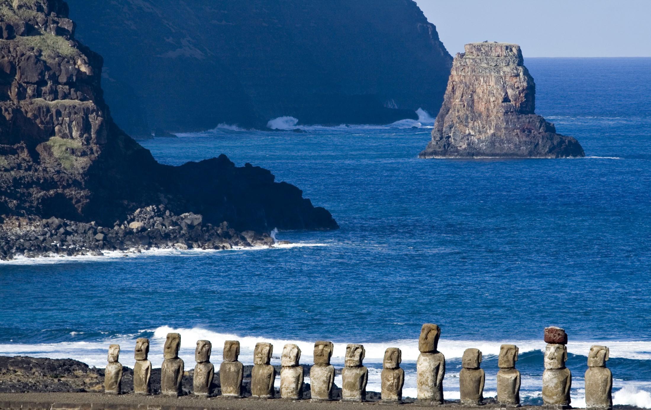 Загадочный остров Пасхи в Тихом океане