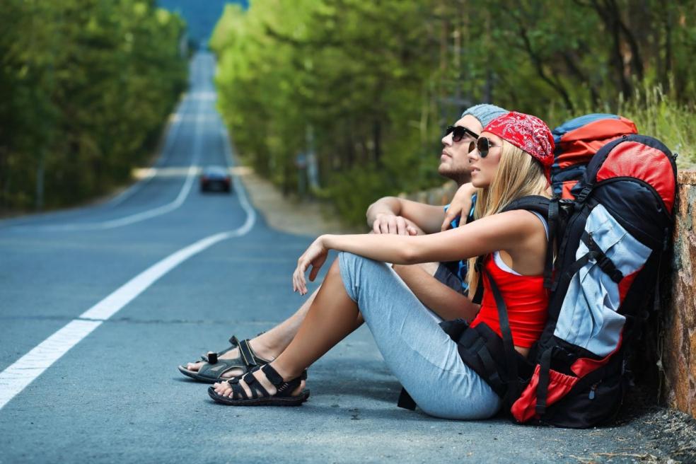 Чем отличается турист от путешественника?