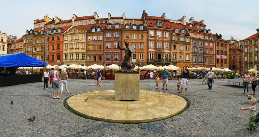 rynochnaya-ploshchad-Warsaw