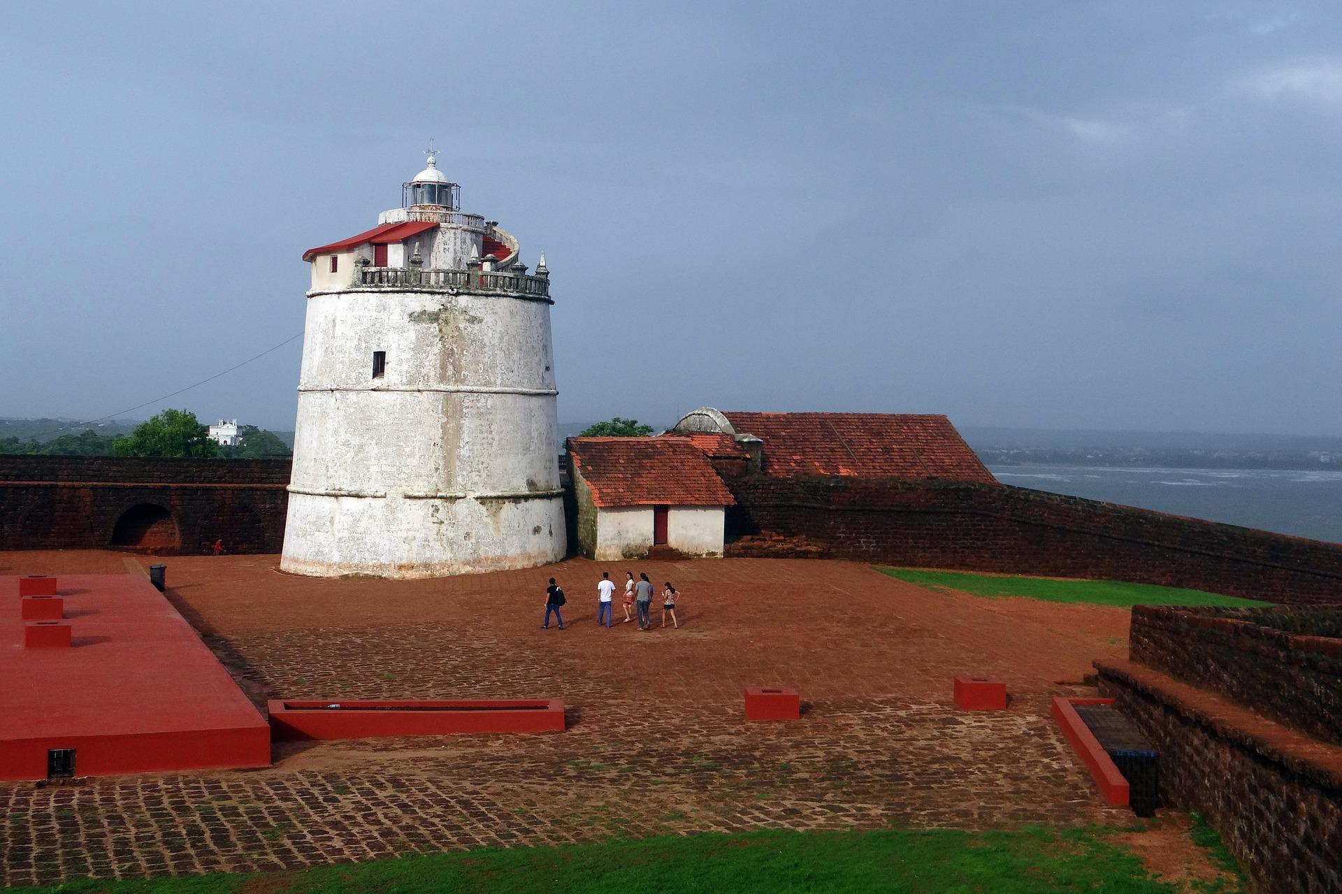 1aguada-fort-385573_1920