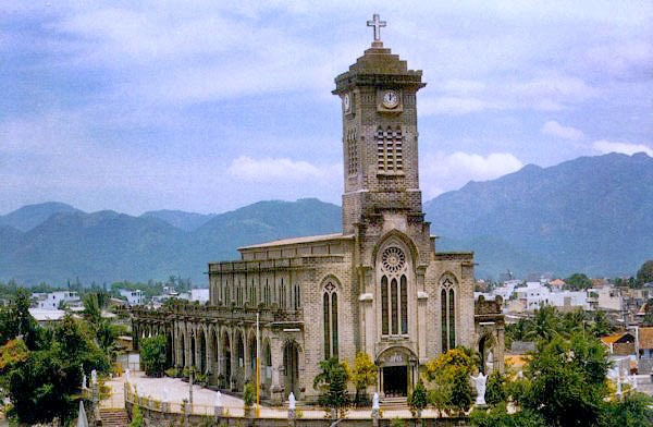 Cathedral-of-St.-Virgin-Mary-in-Nha-Trang